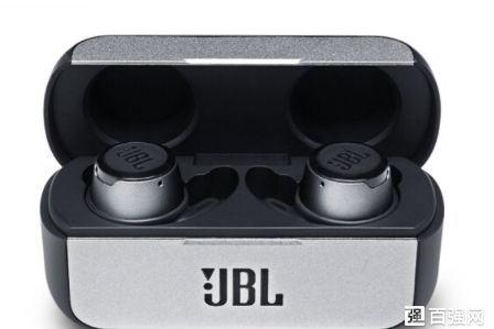 JBL推出一款真无线蓝牙耳机:售价1299元-3