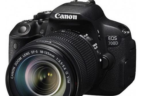 佳能700d单反相机和佳能sx60单反相机各有什么优点呢?-1