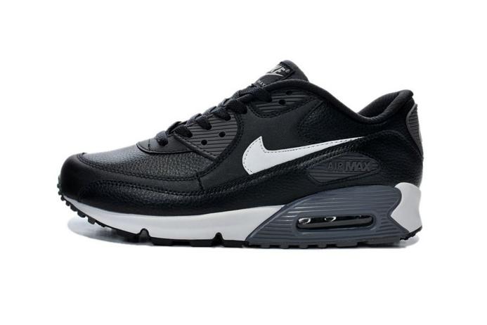 耐克女运动鞋2017新款?耐克Nike max 270和华莱士运动鞋那个好?-1