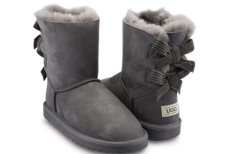 ugg雪地靴怎么搭配?雪地靴搭配什么衣服?-1