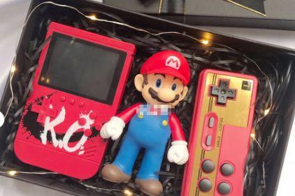 KO充电宝游戏机好玩吗?带手柄吗?-1