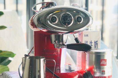 雀巢的Nespresso咖啡怎么样?价格多少?-1