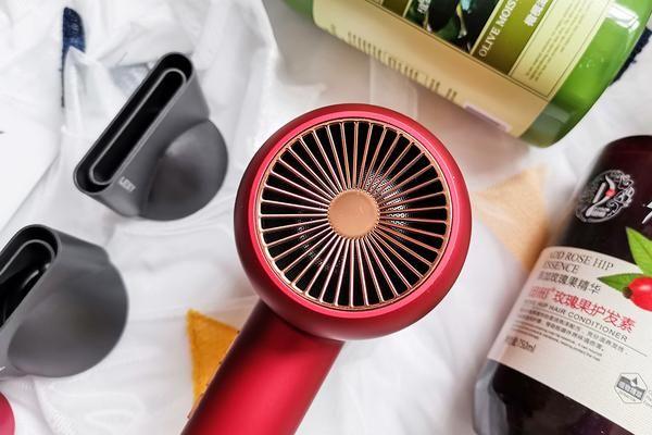 国潮新时尚,莱克F6高端涡扇吹风机,水离子护发更健康-1