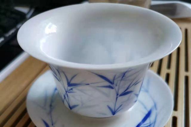 老茶人说好.新茶客嫌歹的普洱老黄片? #小茶控品鉴包-1